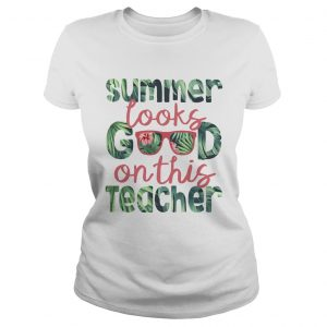 Summer looks good on this teacher  Classic Ladies